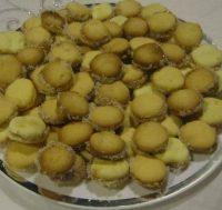 אלפאחורס במילוי ממרח חרובים