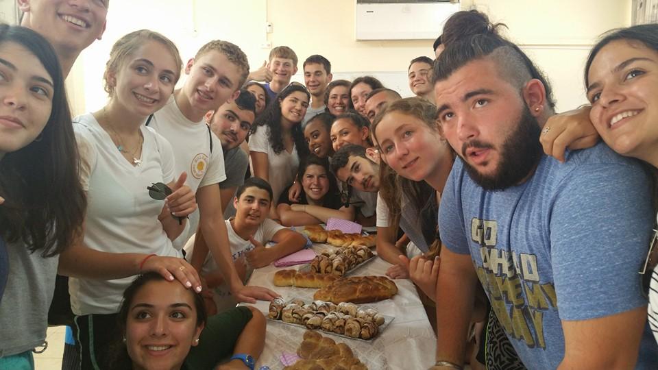 סדנת אפייה לשבת נוער בולטימור, אשקלון, 2015